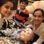 Cómo ahorrar dinero para un viaje en familia – Entrevista a Georgina y Anuar