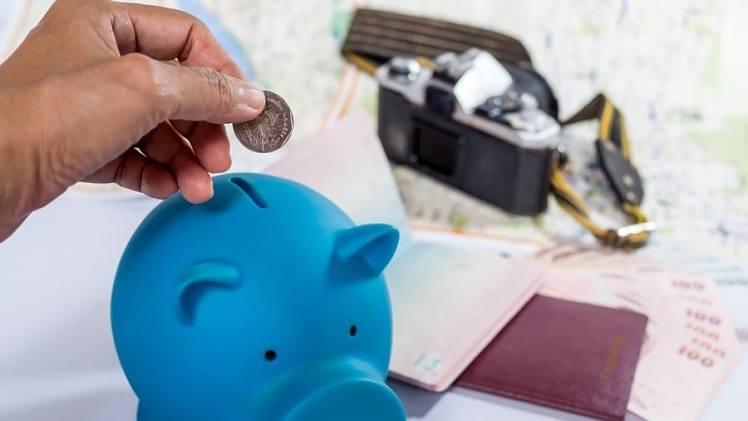 como ganar dinero extra para viajar