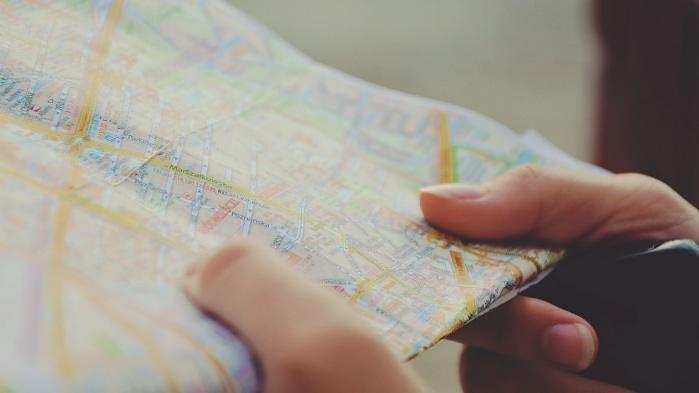 diferencia viajero o turista
