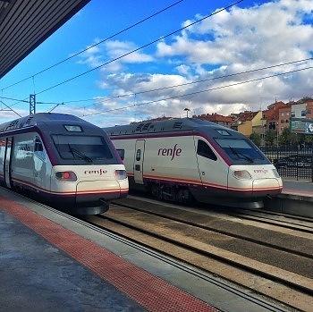 cuanto cuesta viajar a España transporte