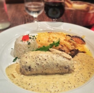cuanto cuesta comer en Francia