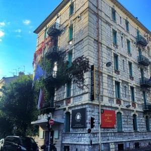 cuanto cuestan los hoteles en Francia