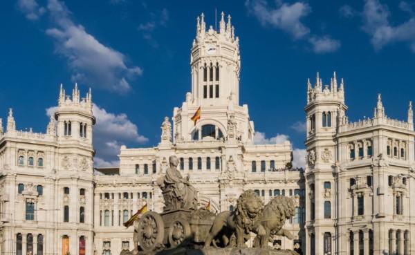 Consejos para viajar barato a Madrid
