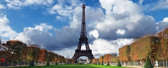 Cómo viajar a París con poco dinero