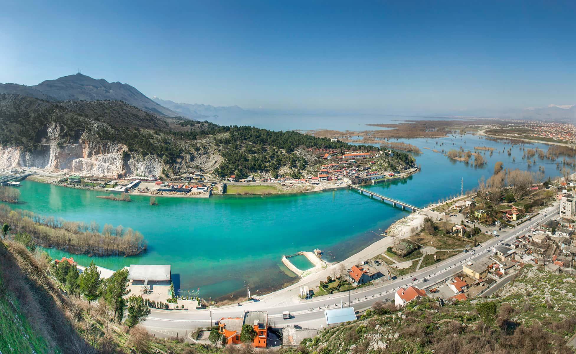 viajar a albania-min